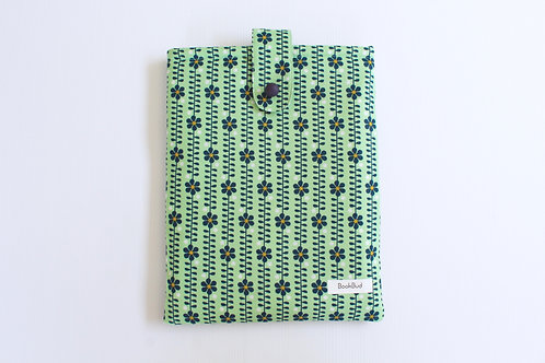Lorelai BookBud book sleeve