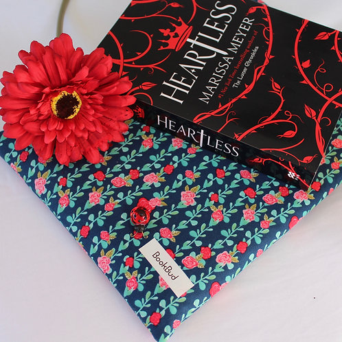 Belle BookBud book sleeve
