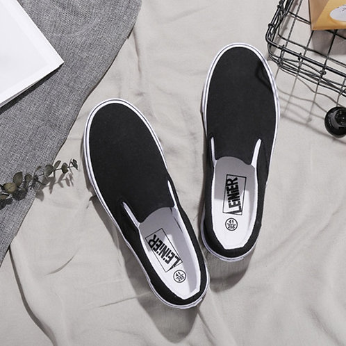 Men Soild Color Slip on Canvas Shoes