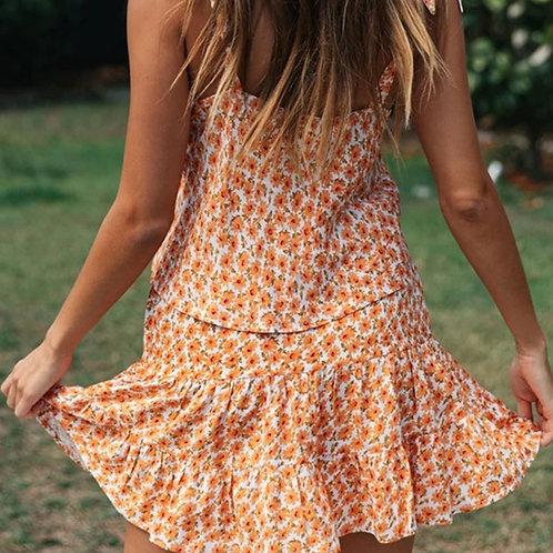 Fashion V-neck Sleeveless Daisy Print Top And Flounced Drawstring Waist Skirt T