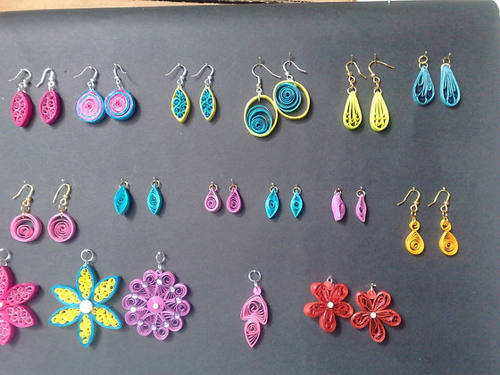 Intro to Paper Quilling (1/13)