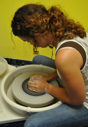 Pottery Wheel - 4 week session (3/25 - 4/22)