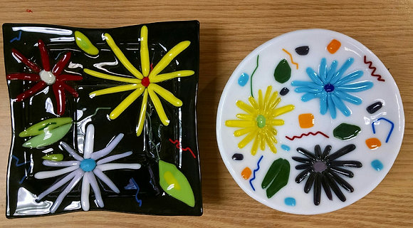 Fused Glass Flower Dish (5/26)