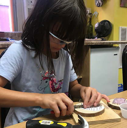 School Break Mini Camp: Fluid Pour and String Art (2/22)