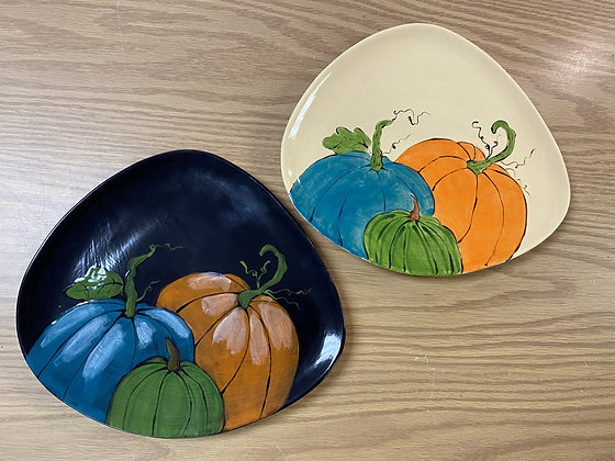 Picture Perfect Pumpkin Plate (10/4)