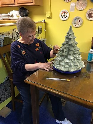 Lighted Christmas Tree Painting Party (10/20)