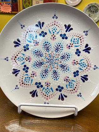 Colonial Burst Dot Mandala Plate at Empty Pockets Ranch (11/20)