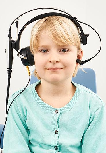 ContraHeadphone_Child_150dpi_0498.jpg