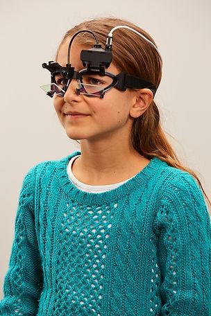 Girl vHIT goggle.jpg