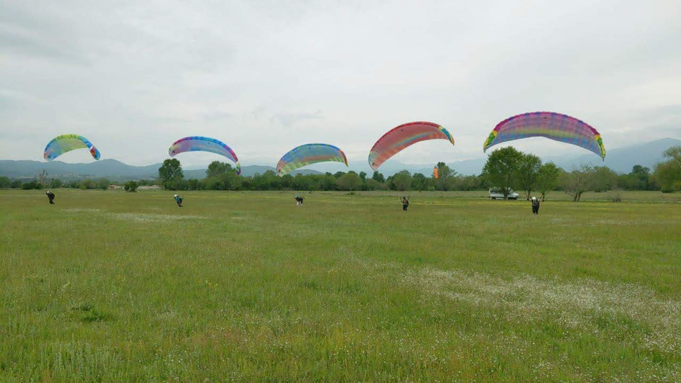 learn paragliding in bulgaria bhpa ep course