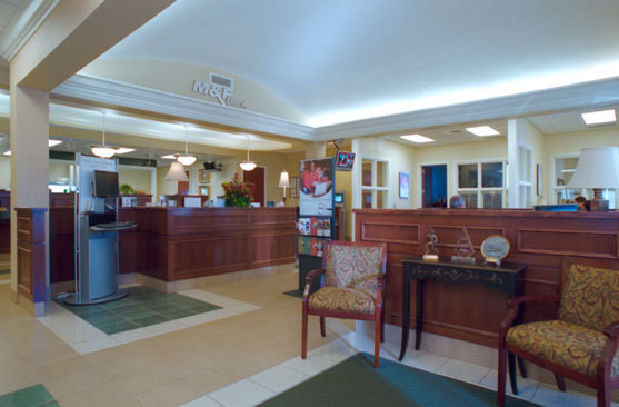 M+and+F+Bank+Southaven2.jpg