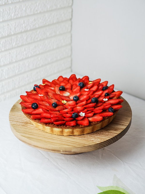 "9"" Fresh Strawberry Almond Tart"