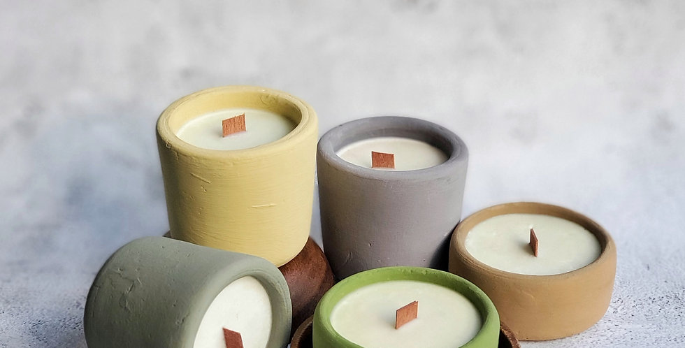 TANGLAW scented soy candle