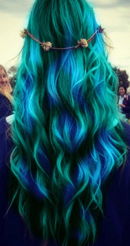 peacock hair.jpg