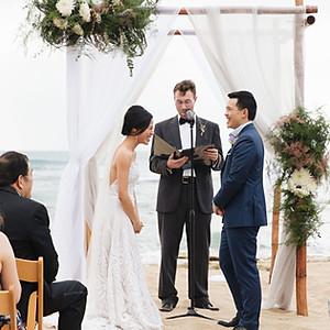 Intimate Villa Dezecheo Wedding