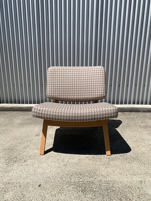Wood Frame Lounge Chair with Houndstooth Uphoilstery
