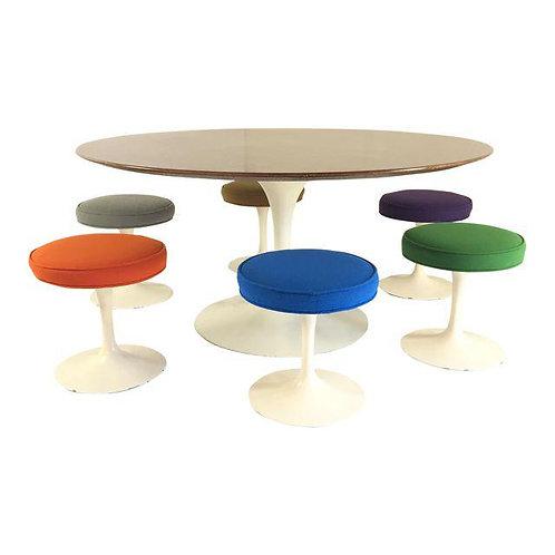 Saarinen for Knoll Table & Stools - Set of 7