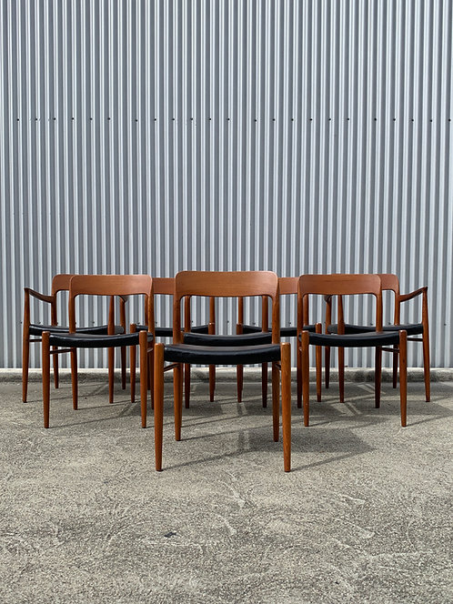 Mint Set of 8 Vintage Niels Moller #75 Chairs for JL Moller