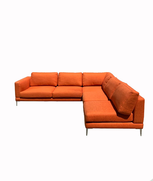 Dellarobia Dania Sectional Sofa