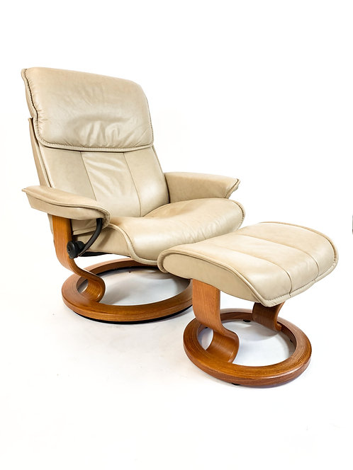 Ekorness Stressless Leather Chair and Ottoman