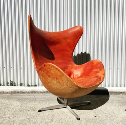 Leather Egg Chair by Arne Jacobsen for Fritz Hansen