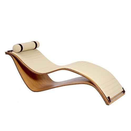 "Raphael Simones Miranda ""Su Chaise"""