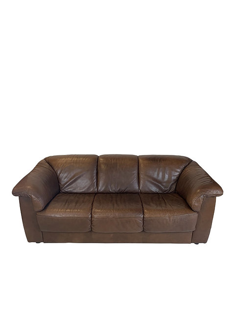 Soft Brown Italian Leather Sofa in the style of De Sede DS45