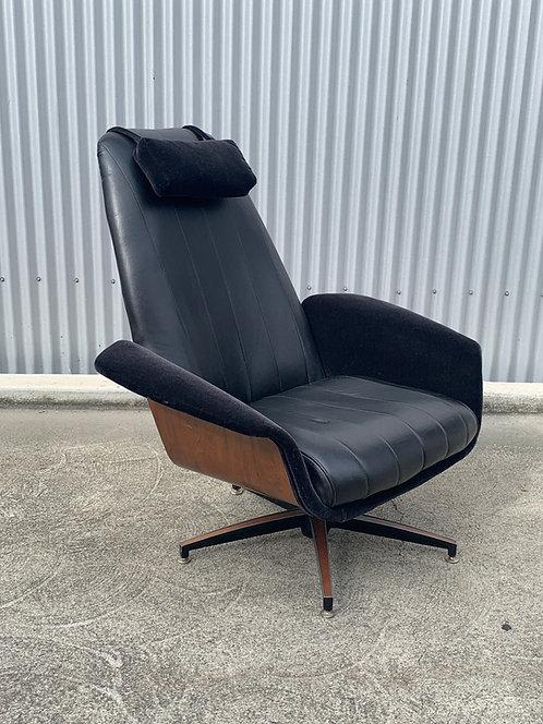 Vintage Plycraft Mr Chair