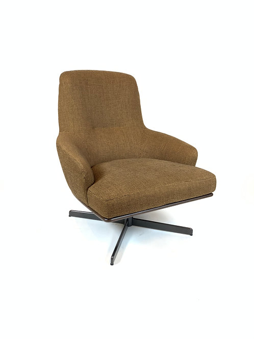 Minotti Coley Lounge Chair by Rodolfo Dordoni