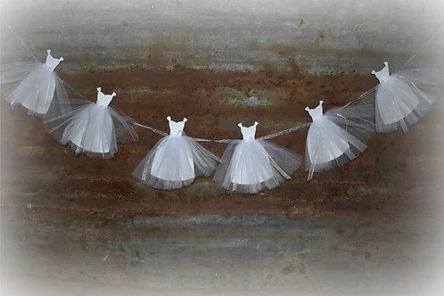 Queen Anne Style Bride Gown Banner