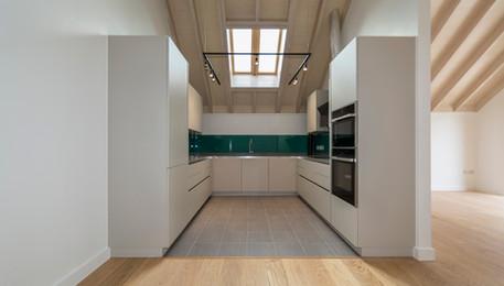 Flat 9 kitchen assembled