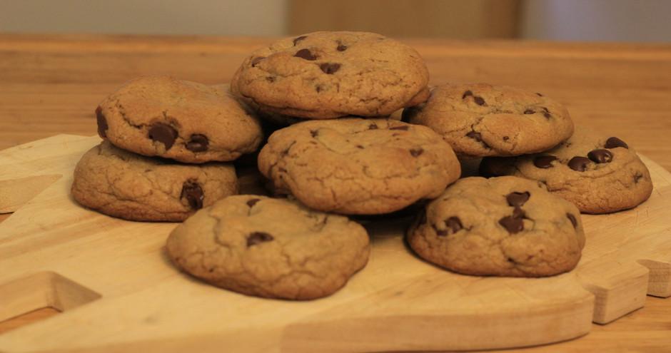 Num Num Cookies vs Pixar