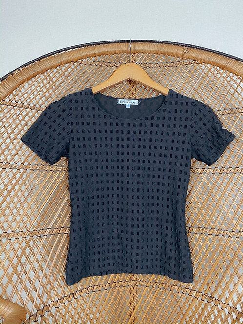 VTG Textured Classic Black Top S-M