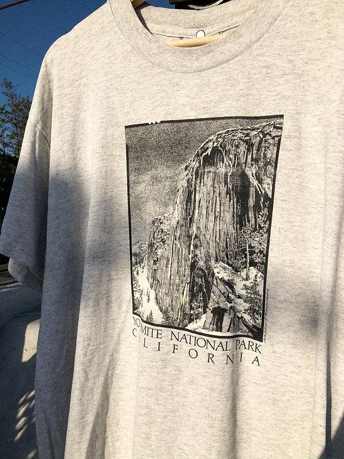 90s Half Dome Yosemite Tee L