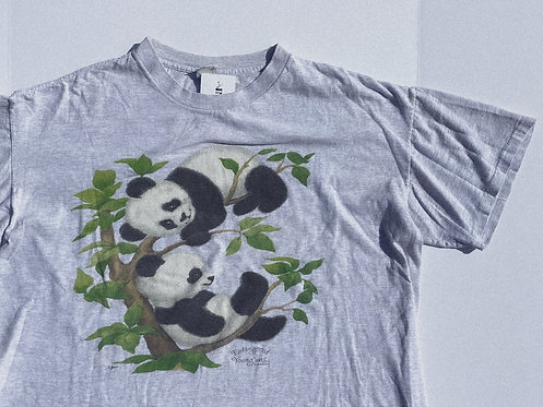 VTG Pandas CUTE AF Endangered Animal Tee L-XL