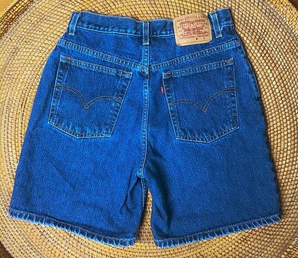 "29"" 90s Levi's Dark Wash Denim Shorts"