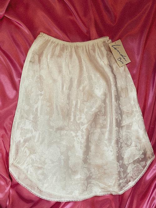 90s dead stock white silky + rose pattern midi skirt + lace trim SM
