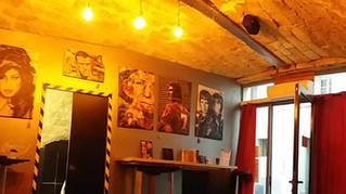 Manchester Bar, l'artiste peintre de Montpellier expose jusqu'en décembre