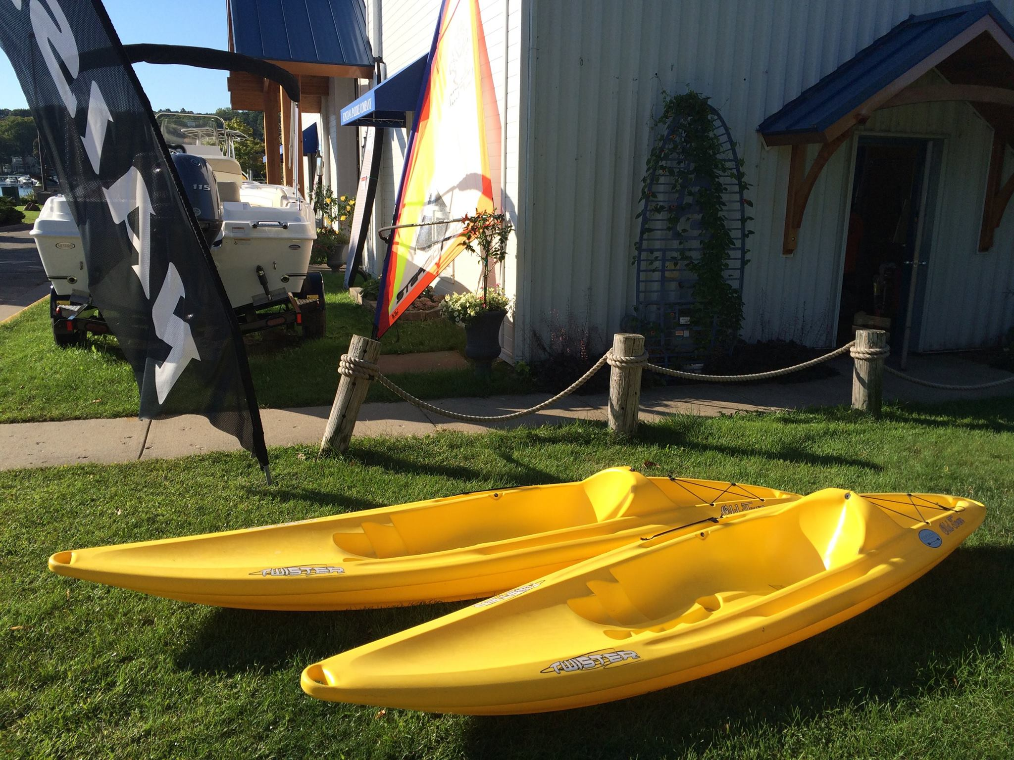 Retail Dealer For Ocean Kayak Old Town And Next