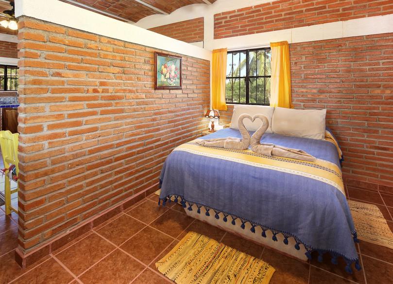 sonrisas bedroom 1.jpg