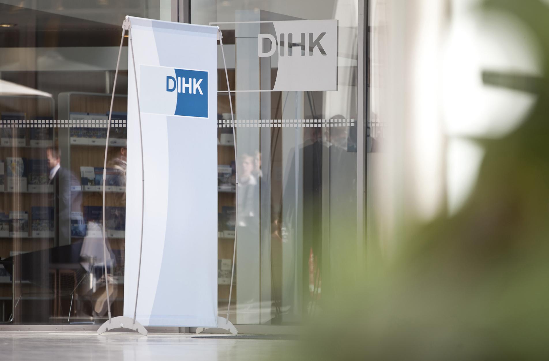 DIHK-Logodisplay