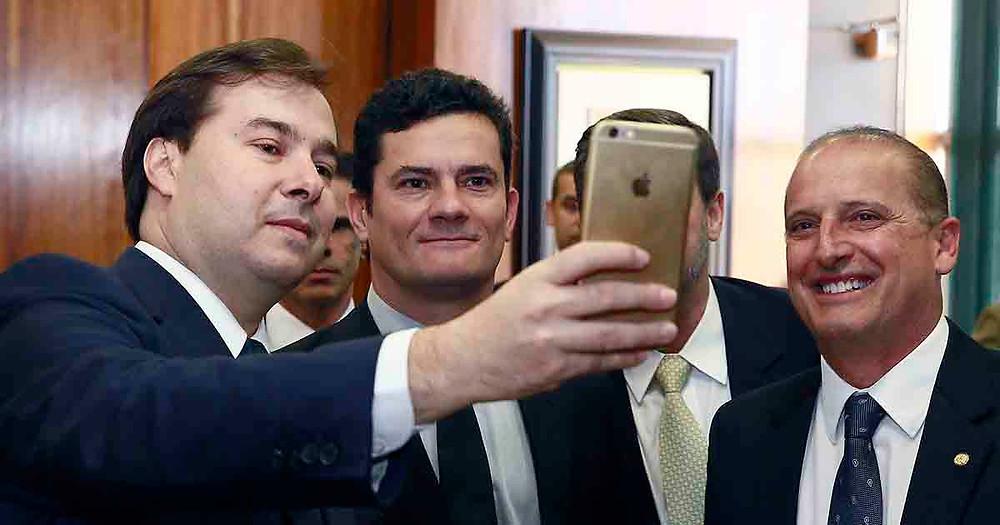 Moro aceita convite de Bolsonaro para ser ministro