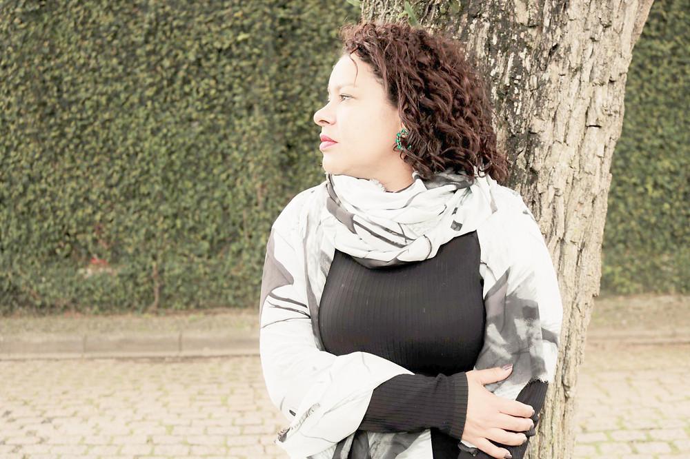 Renata Fadel homenageia o samba curitibano no Paiol