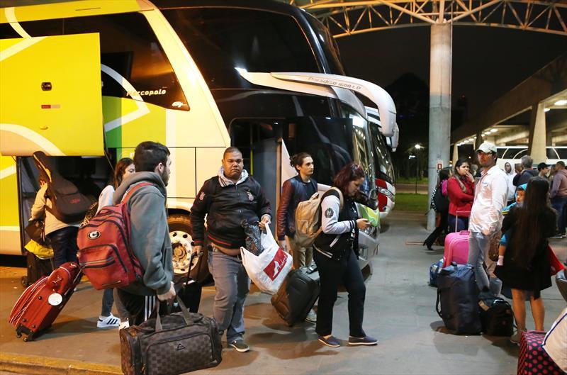Rodoviária de Curitiba espera 42 mil embarques no feriadão