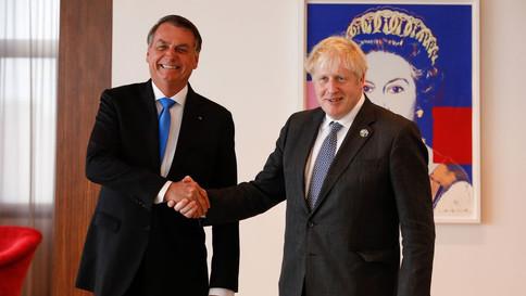 Bolsonaro se reúne com Boris Johnson nos EUA