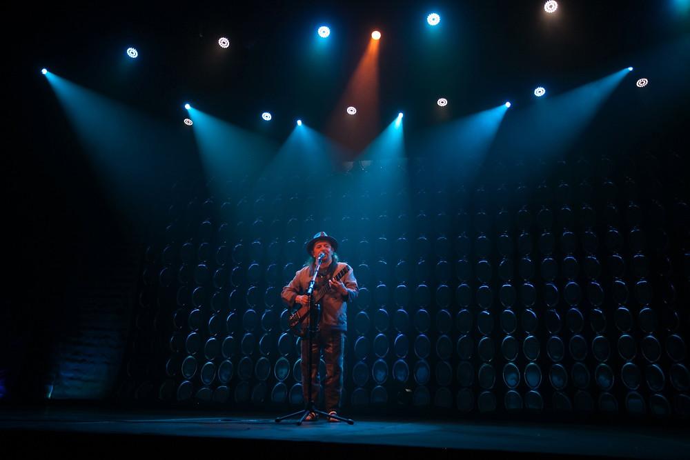 Geraldo Azevedo apresenta a nova turnê na Ópera de Arame