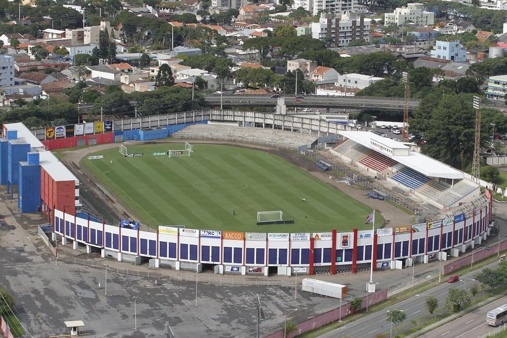 Governo Federal passa a Vila Capanema ao Paraná Clube