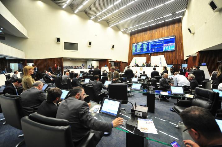 Assembleia aprova orçamento de R$ 57 bi para o Paraná