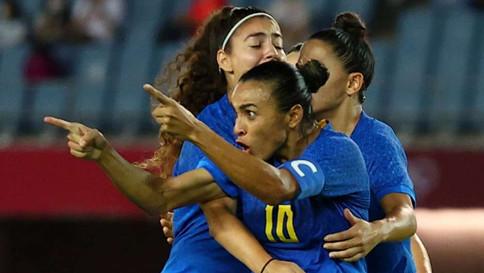 Brasil e Holanda empatam em jogo eletrizante com 6 gols