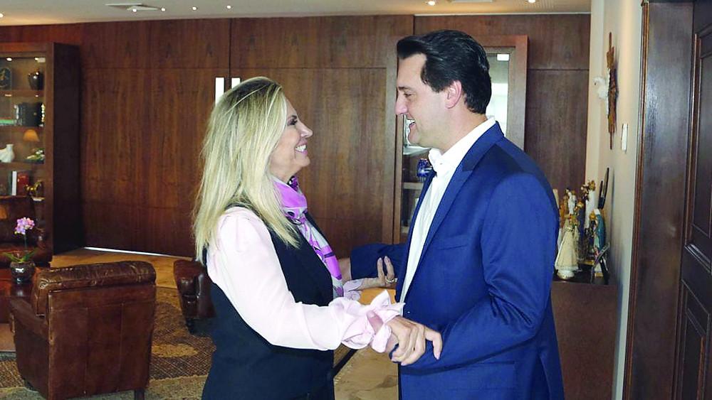 Ratinho Jr. veta aposentadoria de Cida Borghetti
